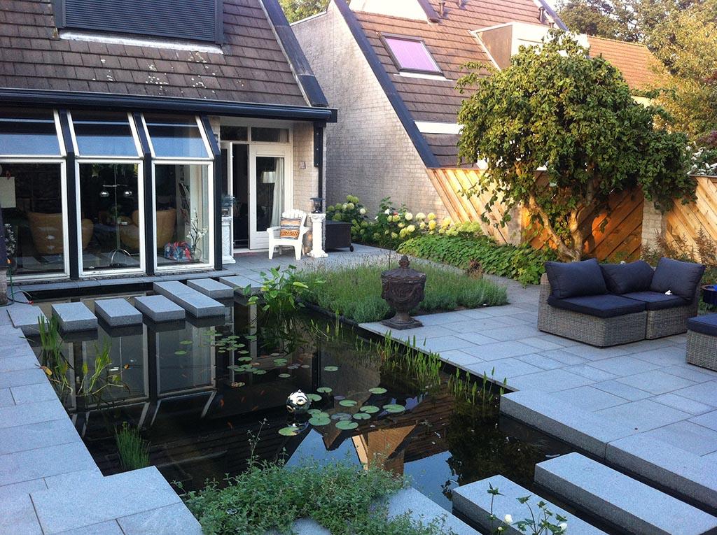 Keramische tegels tuin renoveren in breda regenwulp for Mooie tuinen voorbeelden