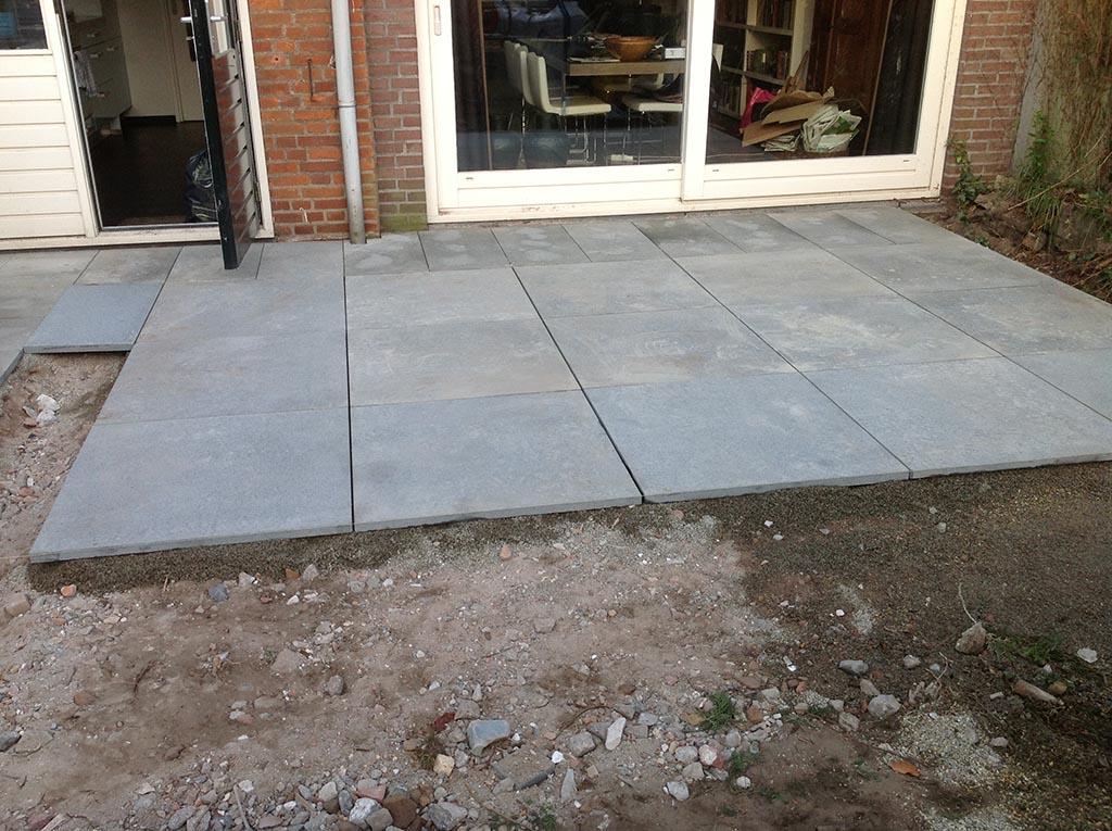 Tegels Leggen Tuin : Graniet tegels leggen tuin tuintegels leggen lees hier alles over