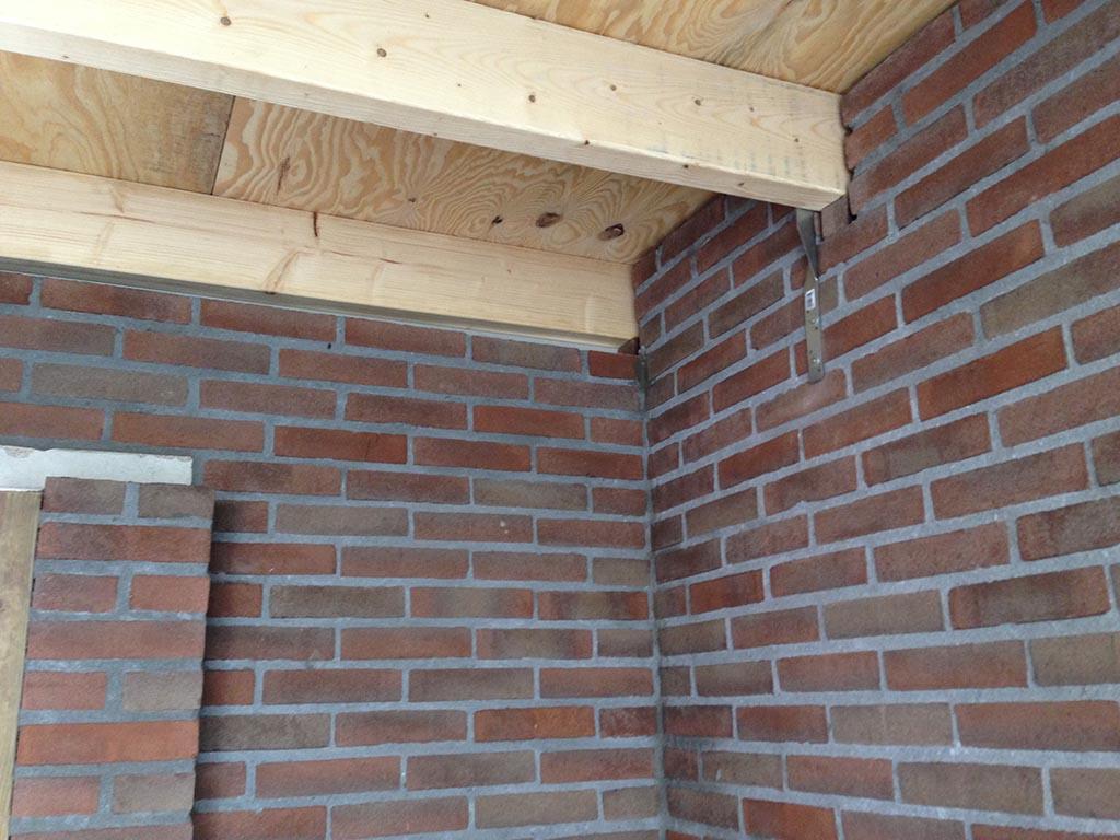 Overkapping maken aan bestaande schuur - Keramische Tegels